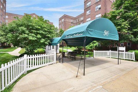 90 Bryant Ave Unit 5 C, White Plains, NY 10605