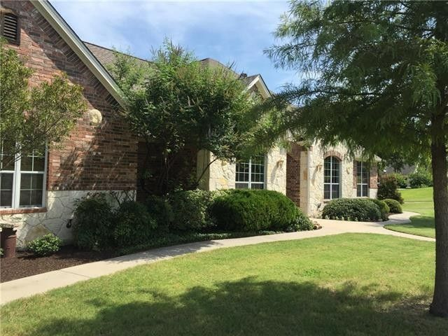 2113 Clear Creek Dr Weatherford, TX 76087