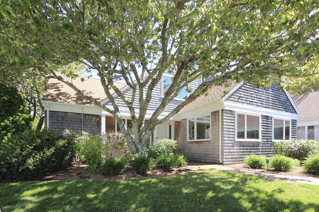 15 Cockle Way, Brewster, MA 02631
