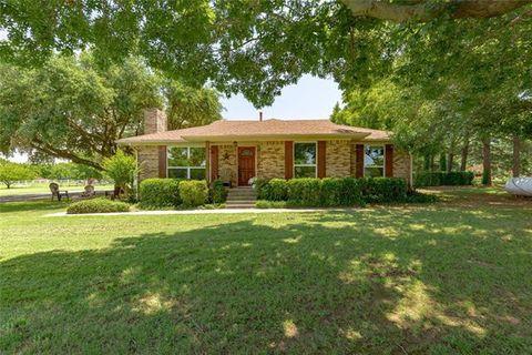 Photo of 6107 Plantation Ln, Double Oak, TX 75022