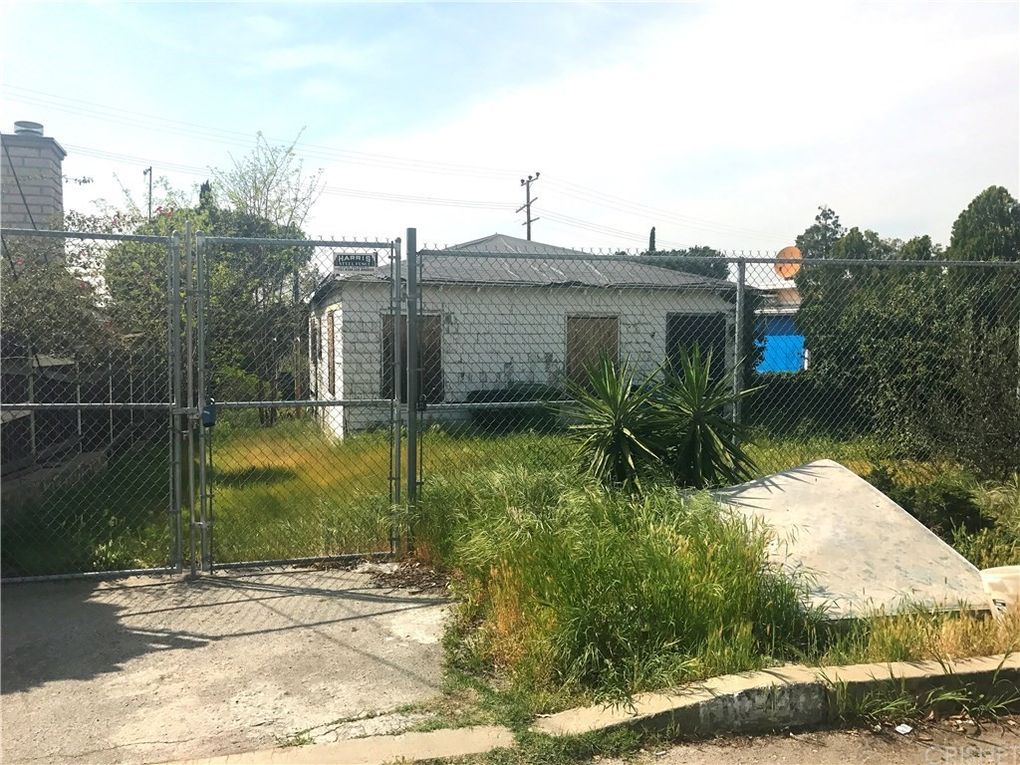 10421 Las Lunitas Ave, Tujunga, CA 91042