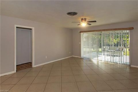4401 Hill Dr, Fort Myers, FL 33901