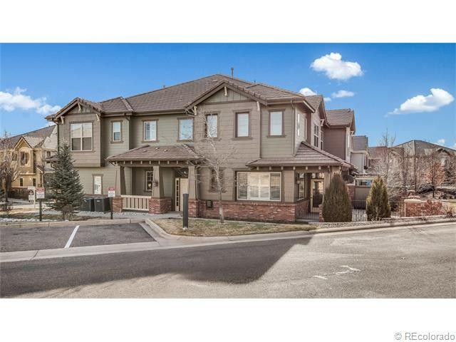 10087 Bluffmont Ln, Lone Tree, CO 80124