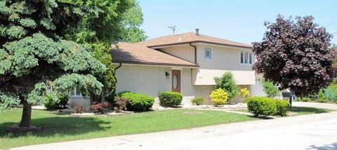 8315 S Oketo Ave, Bridgeview, IL 60455