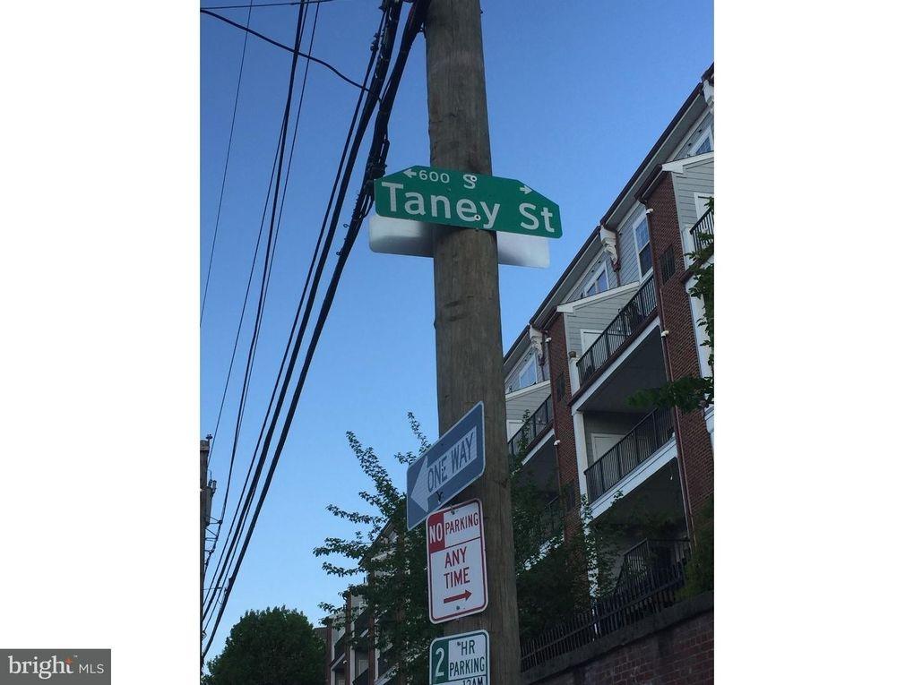 2631 Bainbridge St Philadelphia Pa 19146 Realtor Com