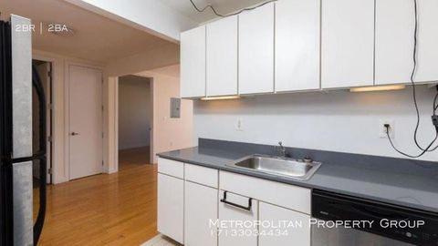 Photo of 924 Metropolitan Ave Apt 442, Brooklyn, NY 11211