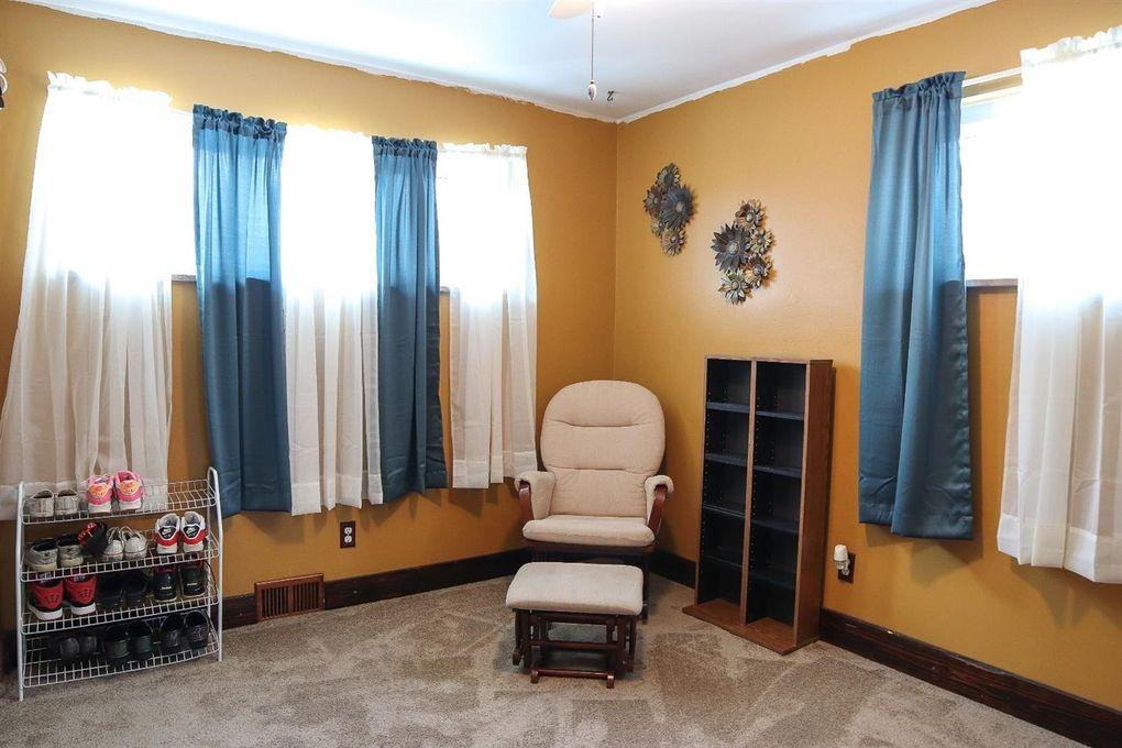 4097 Mardon Pl, Delhi Township, OH 45205 - Bedroom