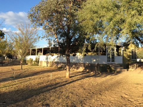 Photo of 83208 E Bartolo Rd, Winkelman, AZ 85192