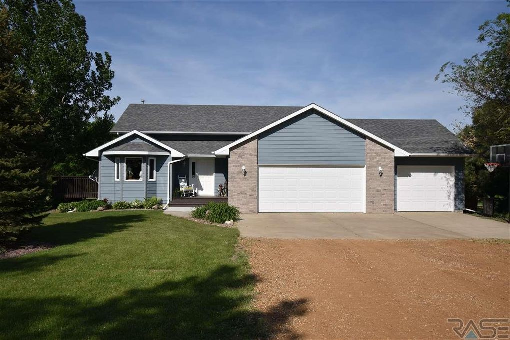 25505 475th Ave, Renner, SD 57055