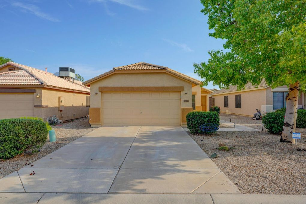 1110 E Vernoa St, Queen Creek, AZ 85140