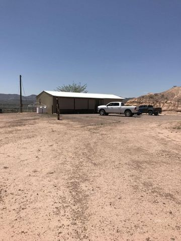 Photo of 98 Cueto Ln, York Valley, AZ 85534