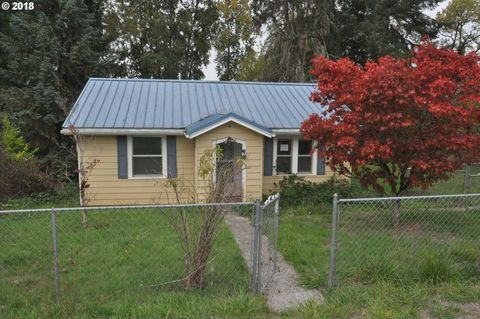 Photo of 79551 Quincy Mayger Rd, Clatskanie, OR 97016