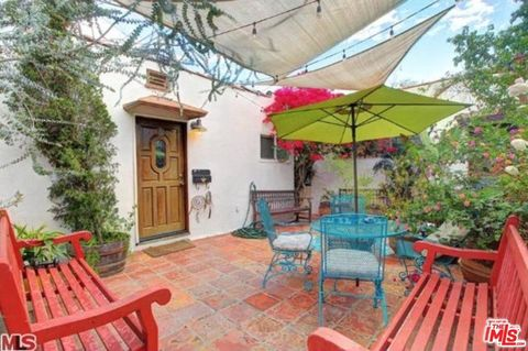 Photo of 1538 N Crescent Heights Blvd, West Hollywood, CA 90046