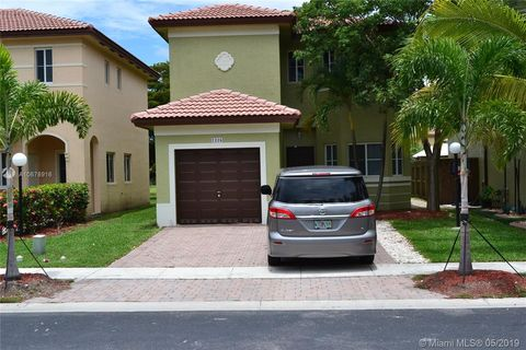 Photo of 1226 Ne 41st Ave, Homestead, FL 33033