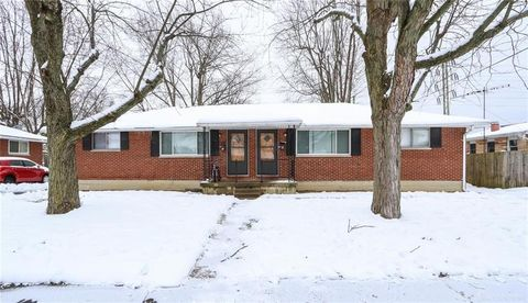 104 Beckenham Rd, Englewood, OH 45322