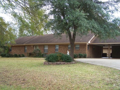 Photo of 501 E 3rd, Junction City, AR 71749