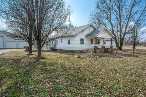 Photo of 17798 Iowa Ln, Carthage, MO 64836