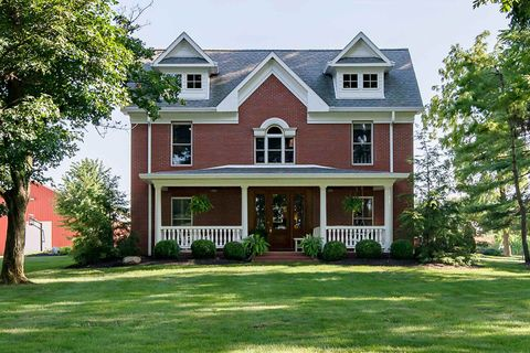 Surprising 1301 W Eaton Wheeling Pike Muncie In 47303 Home Interior And Landscaping Fragforummapetitesourisinfo