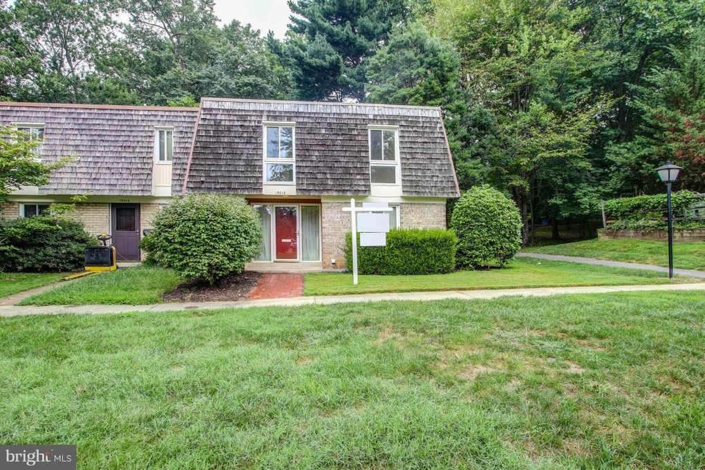 19018 Coltfield Ct Montgomery Village, MD 20886