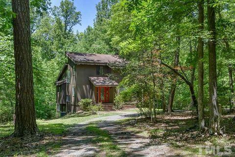1534 Twisted Oak Dr, Chapel Hill, NC 27516