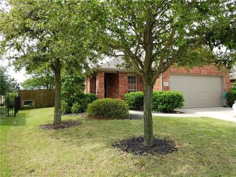 Photo of 2919 Lakewood Ln, Royse City, TX 75189