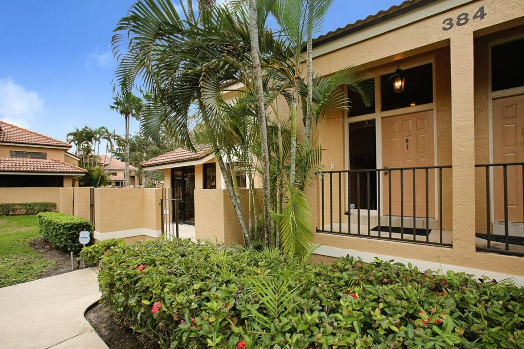 384 Prestwick Cir Apt 1, Palm Beach Gardens, FL 33418