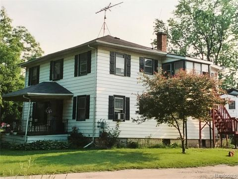48519 real estate homes for sale realtor com rh realtor com  homes for sale burton mi 48519