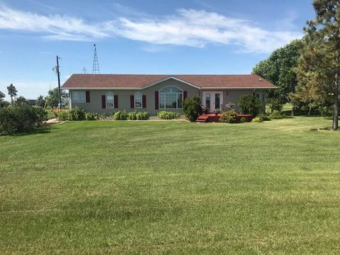 149 Anderson St, Overly, ND 58384