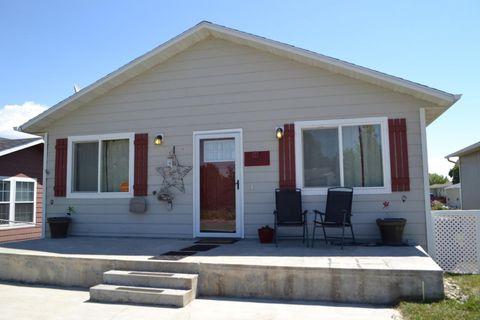 1735 Highland Ave, Sheridan, WY 82801