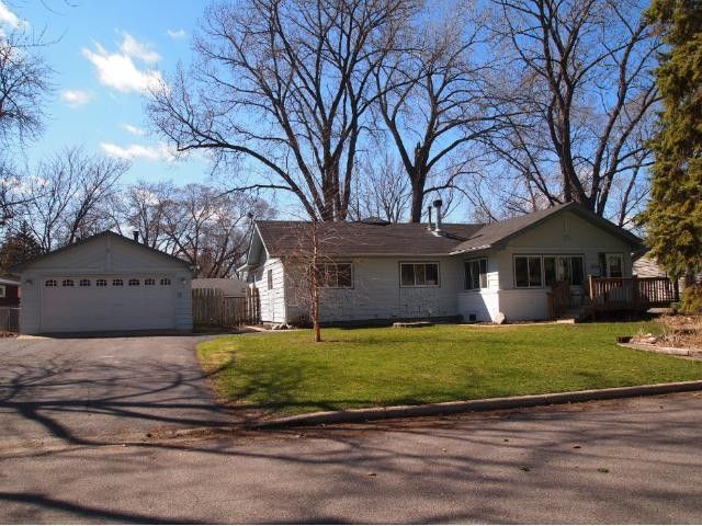 8224 13th Ave S Bloomington, MN 55425
