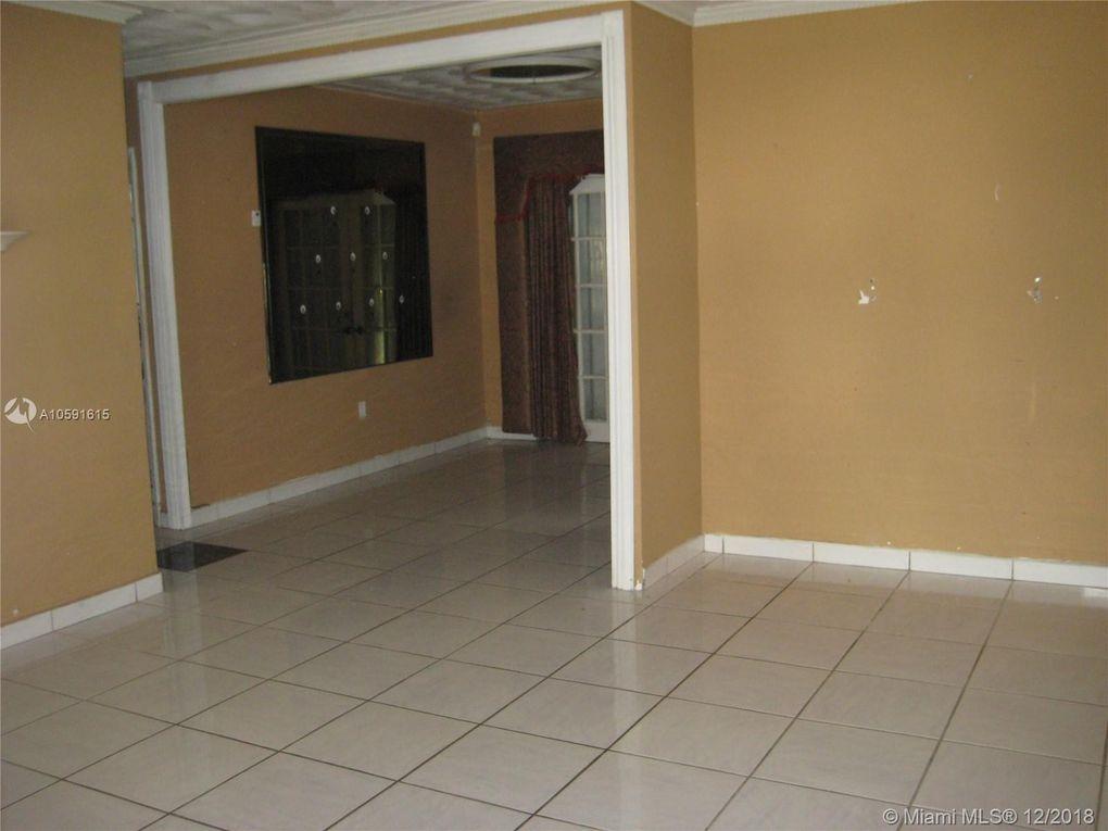 11520 Pinkston Dr, Miami, FL 33176