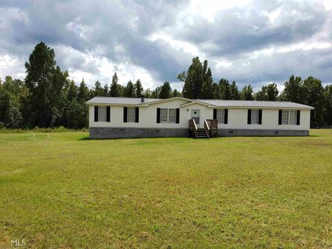 Photo of 193 Blun Rd, Swainsboro, GA 30401. Mfd/Mobile Home