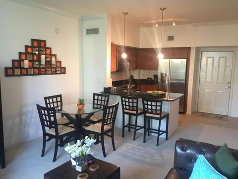 600 S Dixie Hwy Apt 808, West Palm Beach, FL 33401