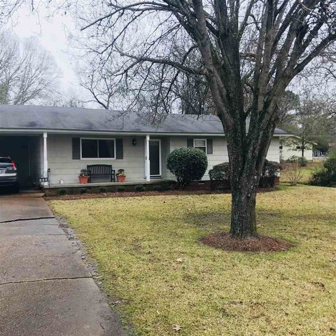 322 S Wheatley St, Ridgeland, MS 39157