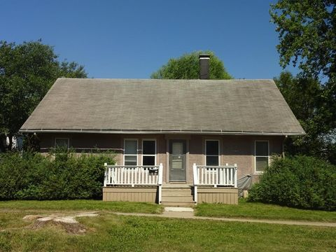 123 N Adams St, Osceola, IA 50213