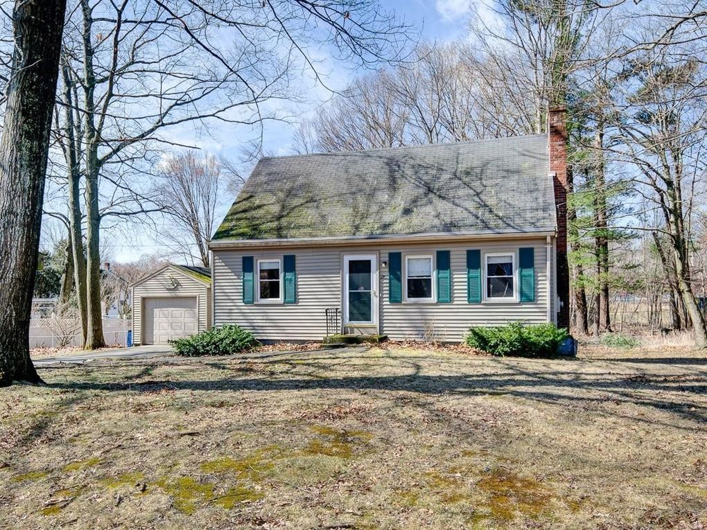 282 Mason Rd Northbridge, MA 01588
