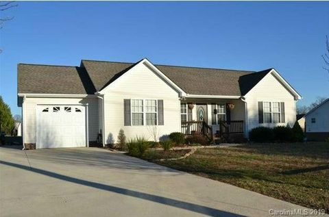 Photo of 3622 Lee Moore Rd, Maiden, NC 28650