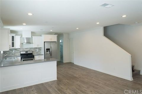 900 W 41st St, Los Angeles, CA 90037