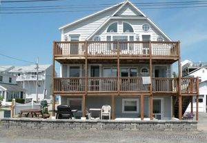 2 Odessa Ave Old Orchard Beach Me 04064 Realtor Com 174
