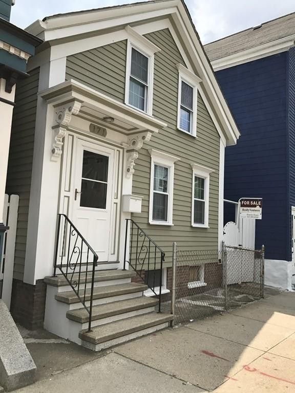171 Lexington St Boston, MA 02128