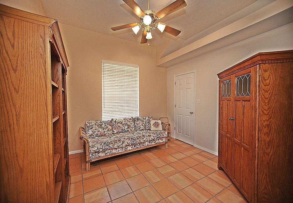 7885 buttercup ln beaumont tx 77713 for Q furniture beaumont texas