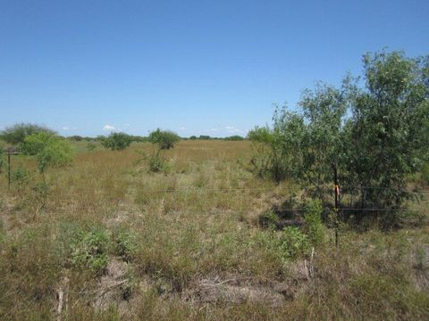 singles in lasara Consult the d&b business directory to find the tierra construction company profile in lasara, tx find more business pages at dandbcom.