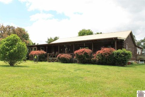 Photo of 3525 Brady Ln, Hopkinsville, KY 42240