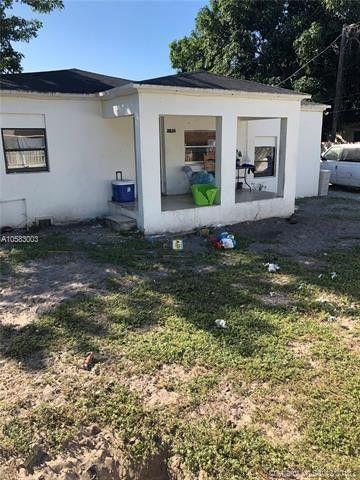 2126 Nw 92nd St, Miami, FL 33147