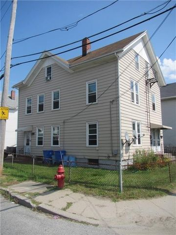 Cumberland ri 5 bedroom homes for sale realtor 995 997 mendon rd cumberland ri 02864 sciox Image collections