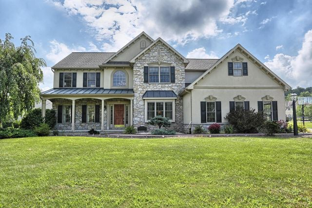 81 fieldcrest dr palmyra pa 17078 home for sale and