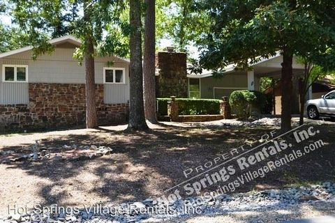 Photo of 17 Durango Way, Hot Springs Village, AR 71909