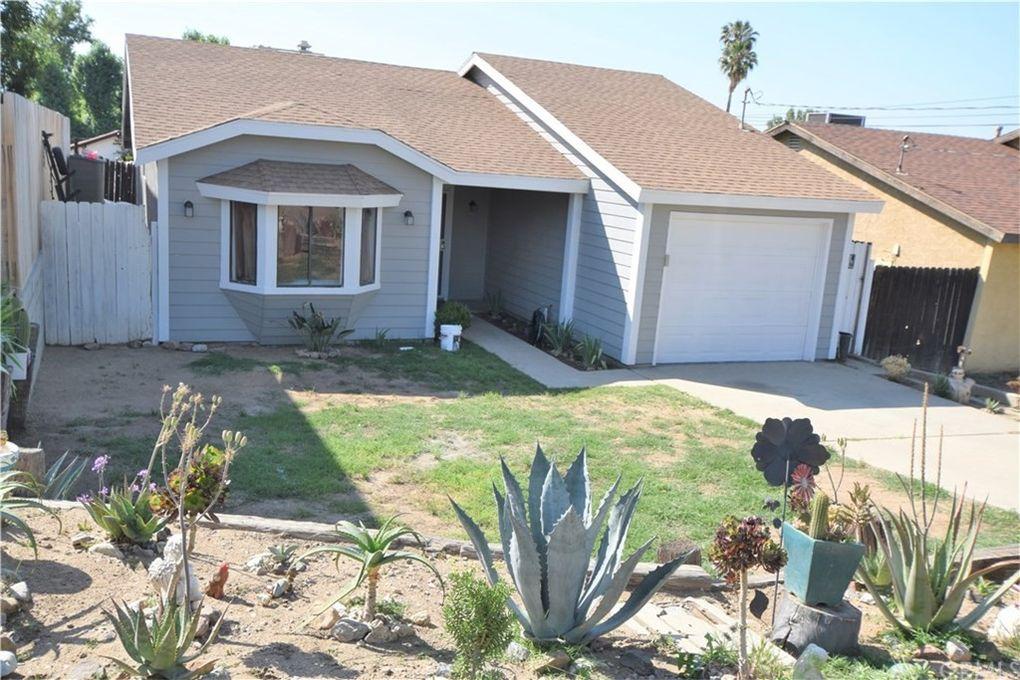 33131 Buena Vista St Lake Elsinore, CA 92530