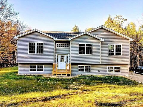 Photo of 53 1 5 Meadow Way, Richmond, ME 04357