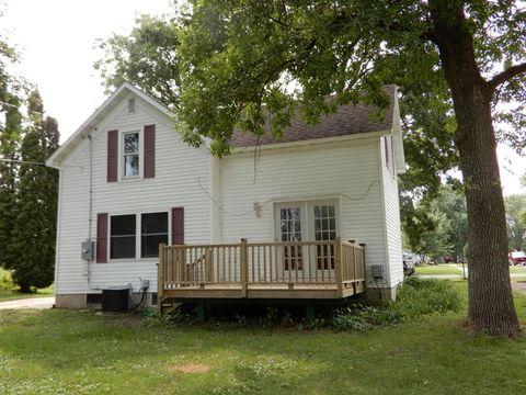 309 3rd St, Lyle, MN 55953